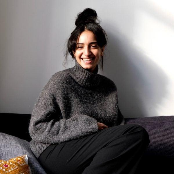 yumna al arashi photographer at home